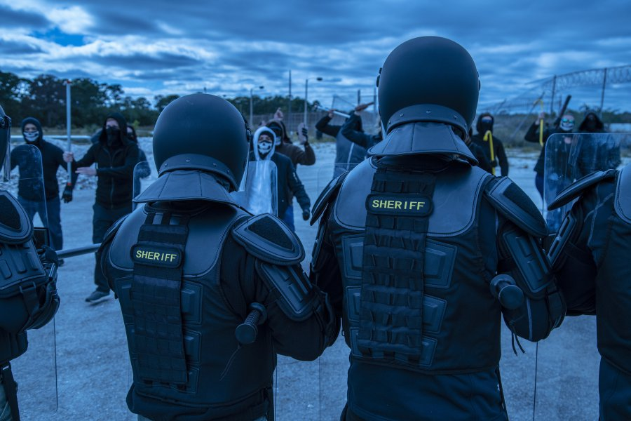 Lethal Force. Law enforcement. Tactical Gear. Riot Gear. Riot.  state rights Police.